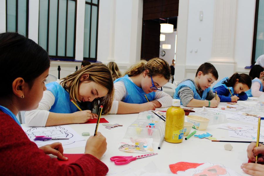Open enrollment period for free cultural workshops at the Automobile and Fashion Museum